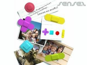 Set mit 4 Band Aid Geformte Magnete