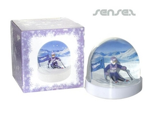 Snow domes 3D In Custom Packaging