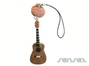 Holz-Gitarre oder Instrumenten Schlüsselanhänger